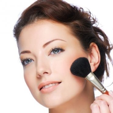 make-up-poster-4f4dcb4fa9c3a-4f9530755f112