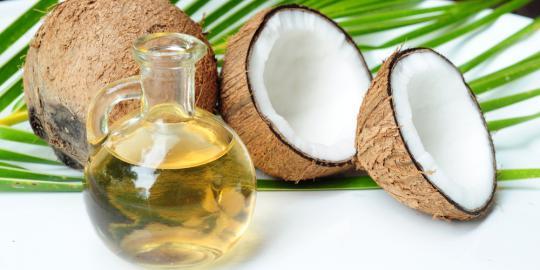 ramuan-masker-minyak-kelapa