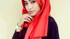 Stylish Berhijab Ala Natasha Farani