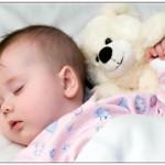 Mengajarkan Bayi Tidur Sendiri
